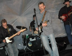 Wayne Stewart Rhythm Guitars  Lead Vocals